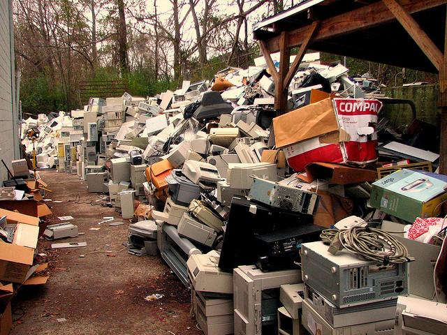 e-Waste par Curtis Palmer, via Flickr CC