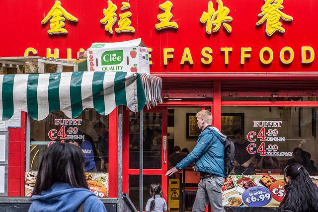 Chinese Fastfood Restaurant On Moore Street (Dublin), par William Murphy via Flickr CC